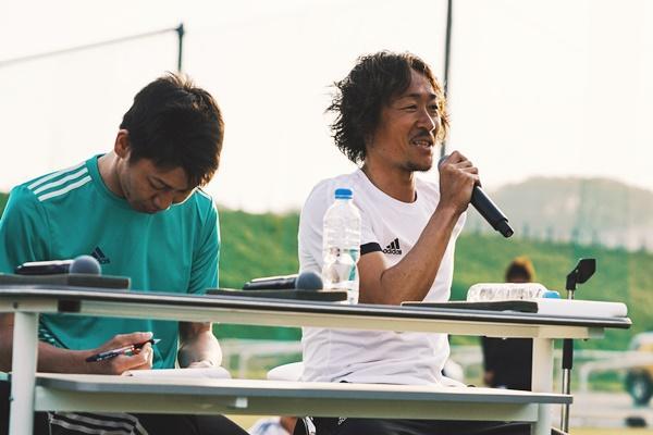 左は元フットサル日本代表、小野大輔さん.jpg
