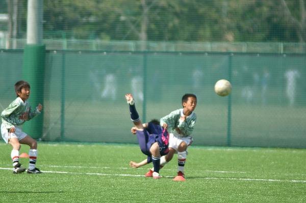 soccerpt1203_1.jpg