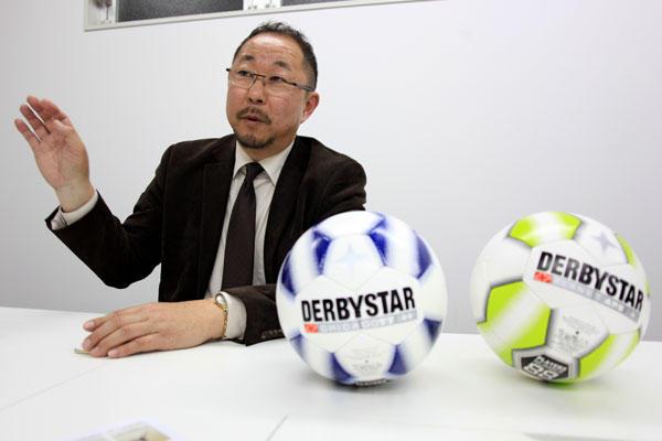derbystar1208_02.jpg