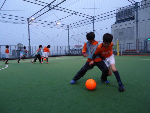 寒い冬の日に試したい!自宅でもできるサッカー練習メニュー7選