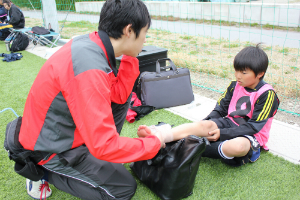 サカイク夏キャンプ2013トレーナーによる指導