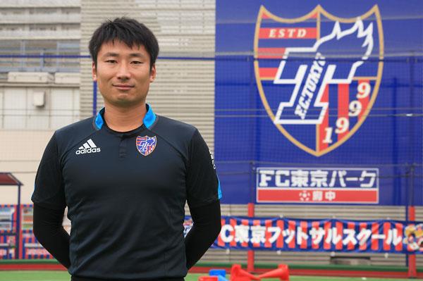 横江塁コーチ